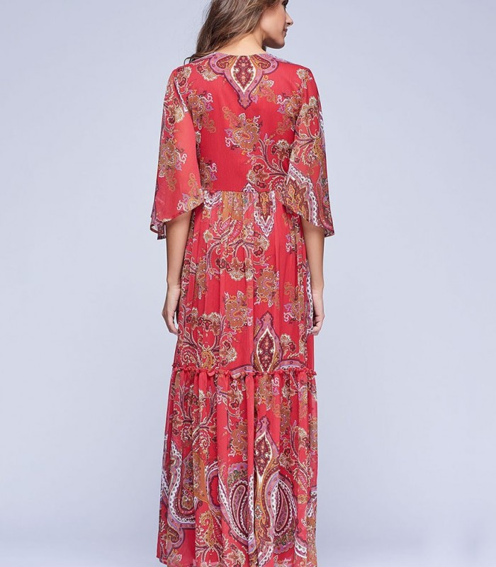 Maxi dress with paisley stamp and neck embroidery