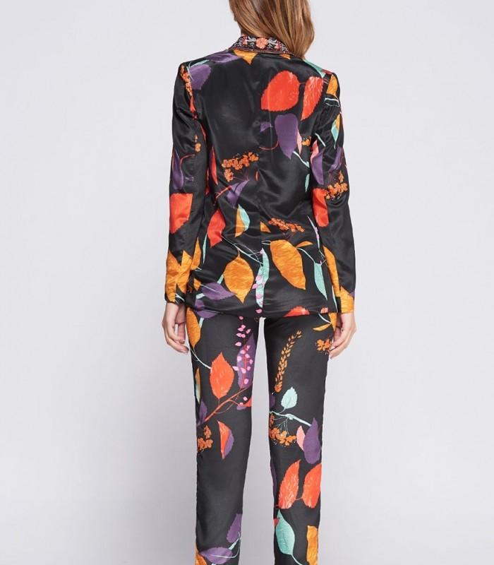 Leaf print Niza blazer on black background