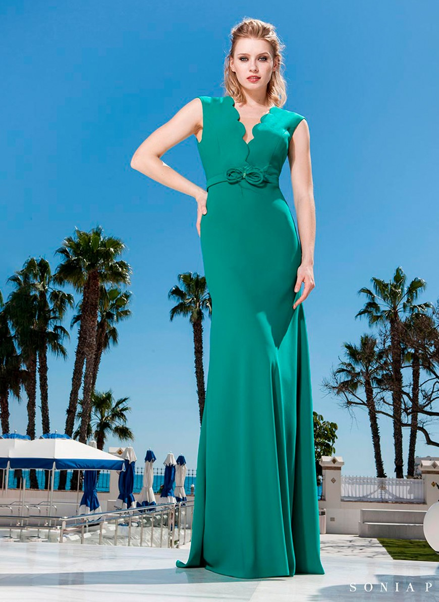 b836124075ca Maxi dress with deep neckline in green by Sonia Peña - Shop Online