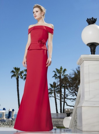 Vestido largo rojo escote de barco