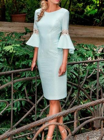 d99960aca Vestido verde agua con escote en la espalda ...