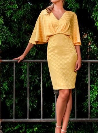 Vestido corto amarillo de finos lunares