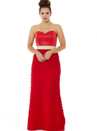 Red dress with sweetheart neckline