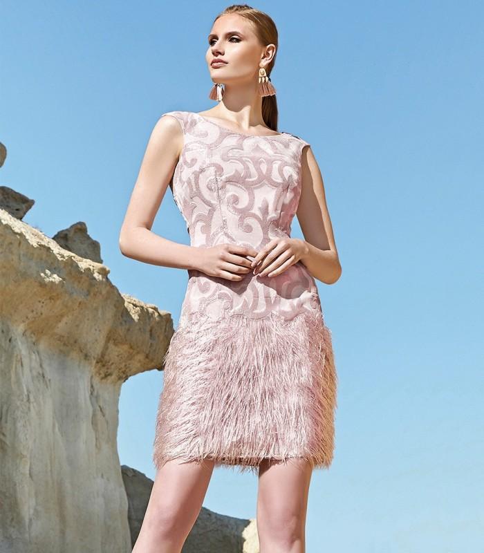 Pink short dress with fringes