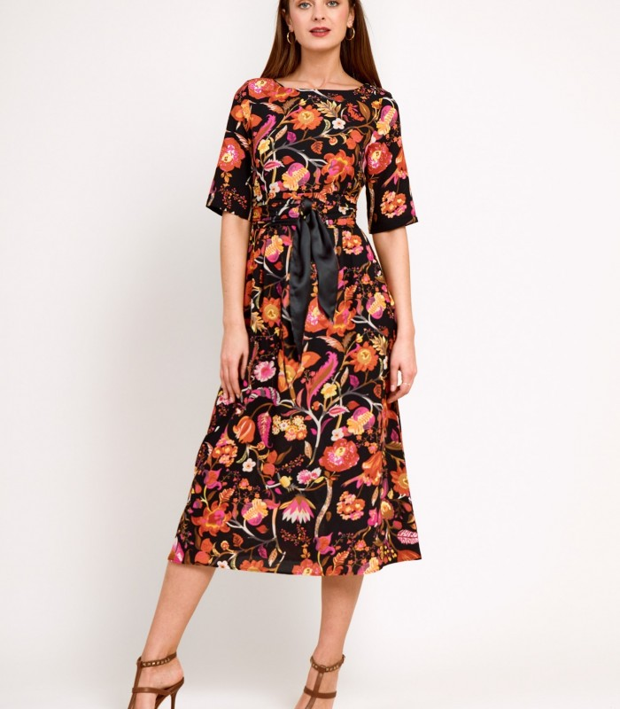 Printed midi dress with tables on the belt