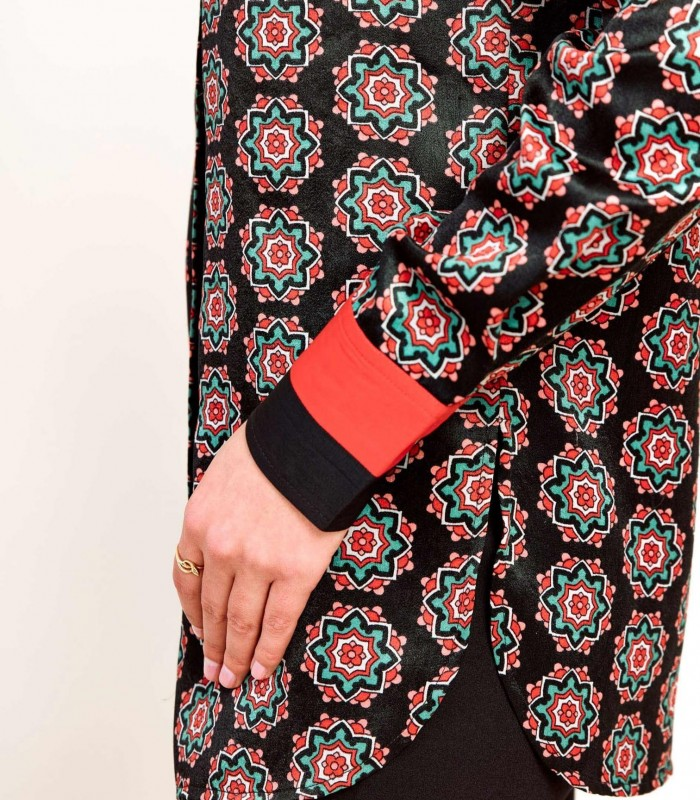 Long sleeve geometric print blouse