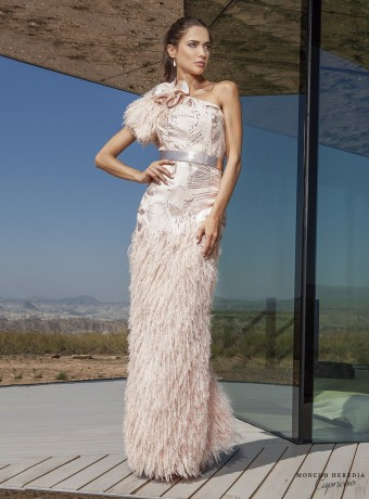 long dress with feathers and asymmetric shoulder