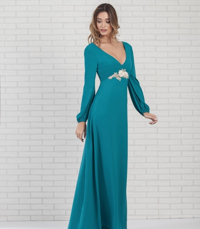 Long dress with embellished waist long sleeves