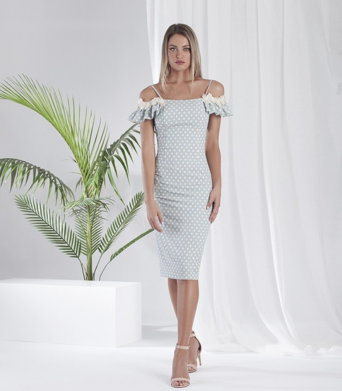 Printed fitted dress with strapless neckline and embroidered ruffle sleeves