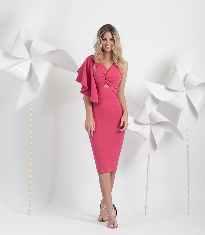 Raspberry short dress with ruffle on one sleeve