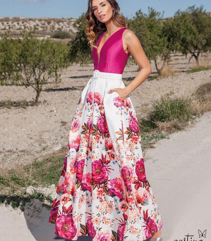 Printed deep neckline dress