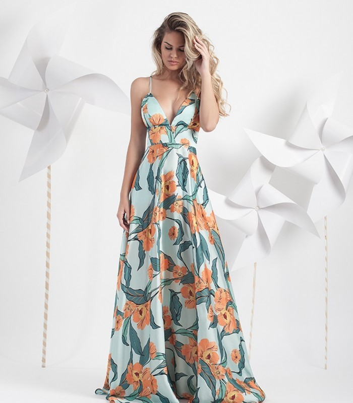 Long printed dress with fog bottom and straps