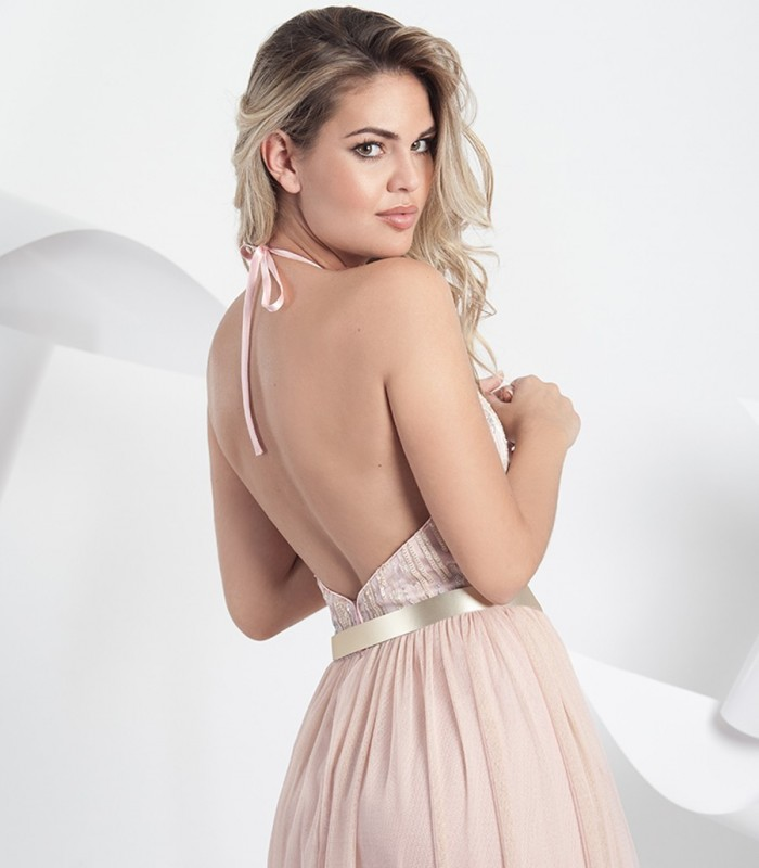Vestido largo rosa de tul halter