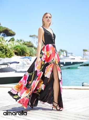 Deep neckline and front slit dress