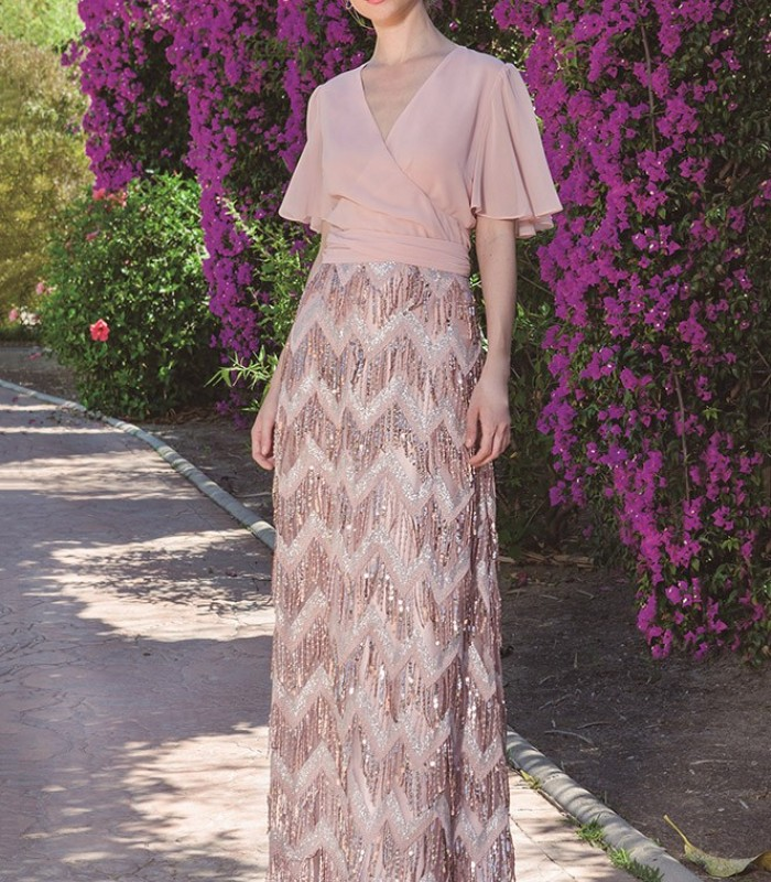 Long nude dress and fringed skirt