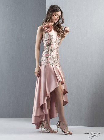 Shift dress with gold embroidery