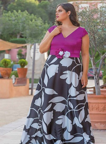Maxi dress Trios with black top and print skirt