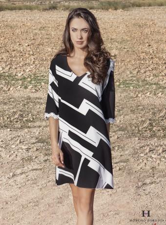 Black and white print midi dress
