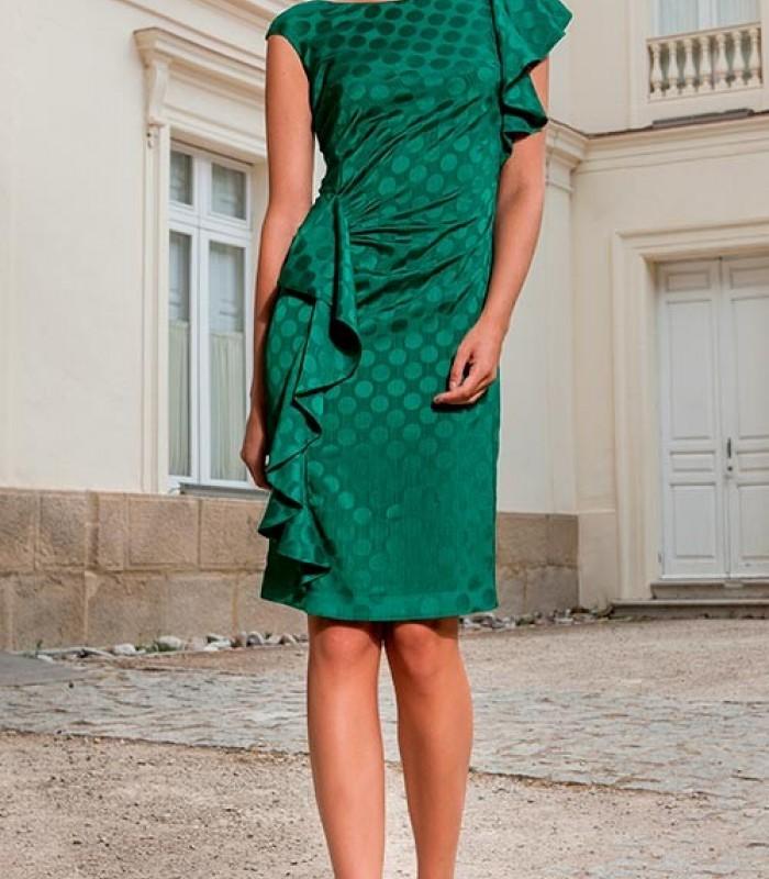 Vestido verde fruncido en la cintura