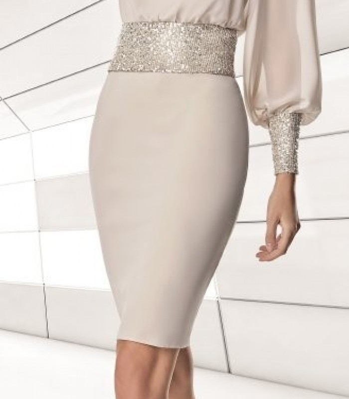 Short champagne dress with long sleeves