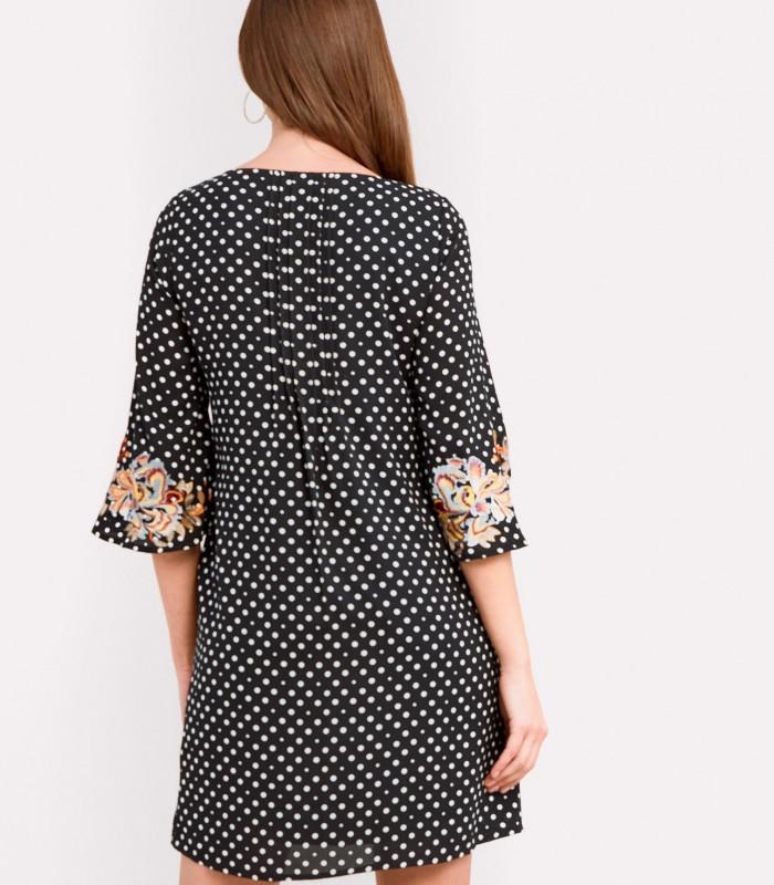 Vestido de lunares con detalles florales