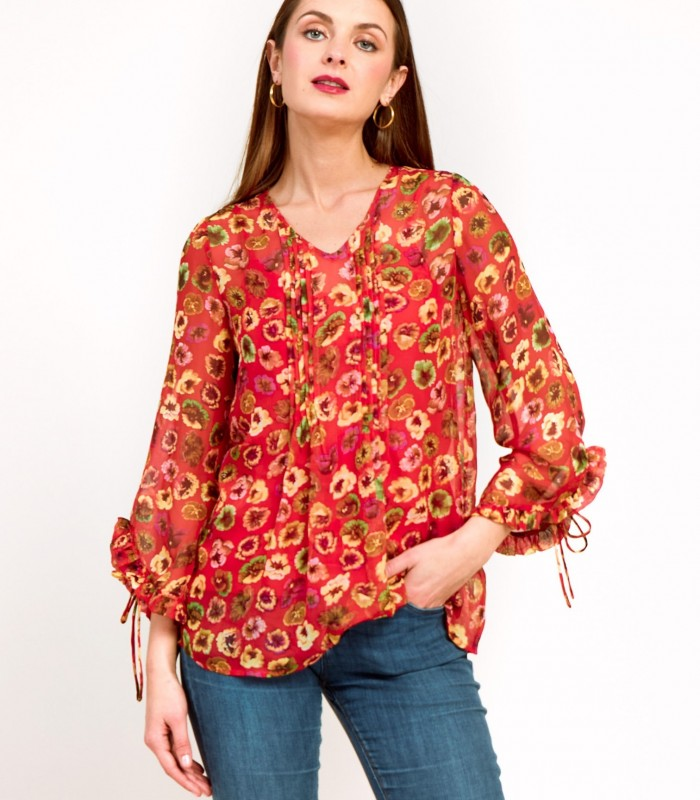 Printed wide-cut blouse with details