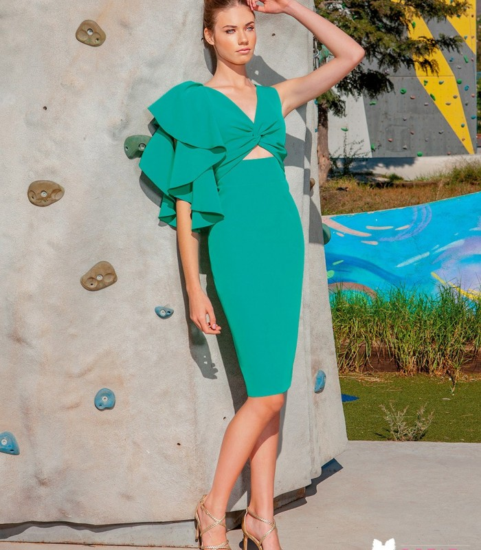 Midi dress with ruffle on the shoulder