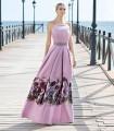 Vestido largo rosa y estampado de Sonia Peña