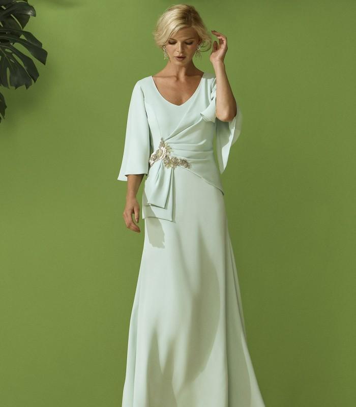 Vestido largo fruncido en la cintura detalle joya