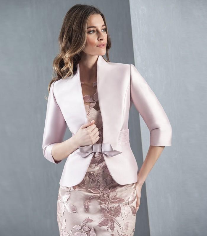 Pale pink lace set