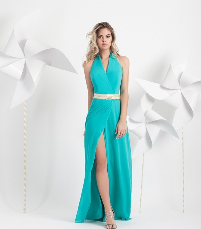 Long dress with crossed neckline and bottom opening.