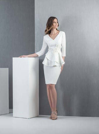 Vestido blanco volantes Moncho