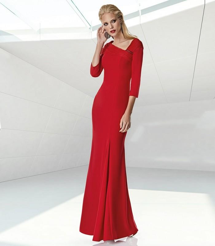 Long V-neck and mermaid cut dress