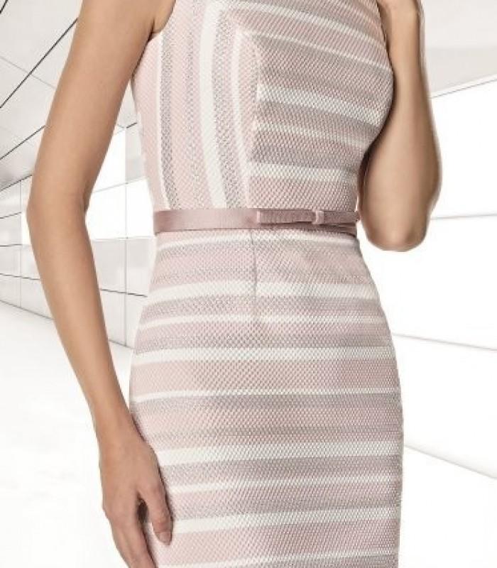 Chaqueta y vestido corto rosa palo de rayas