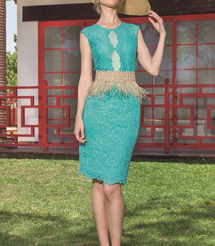 Lace dress with sequin and feather belt
