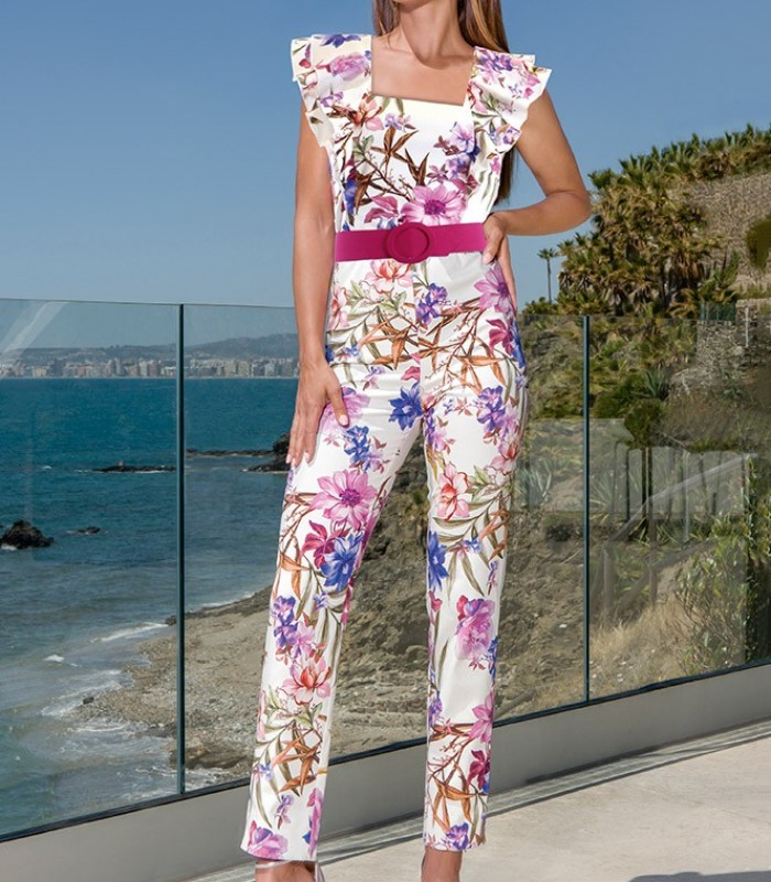Printed jumpsuit with ruffle on the shoulders