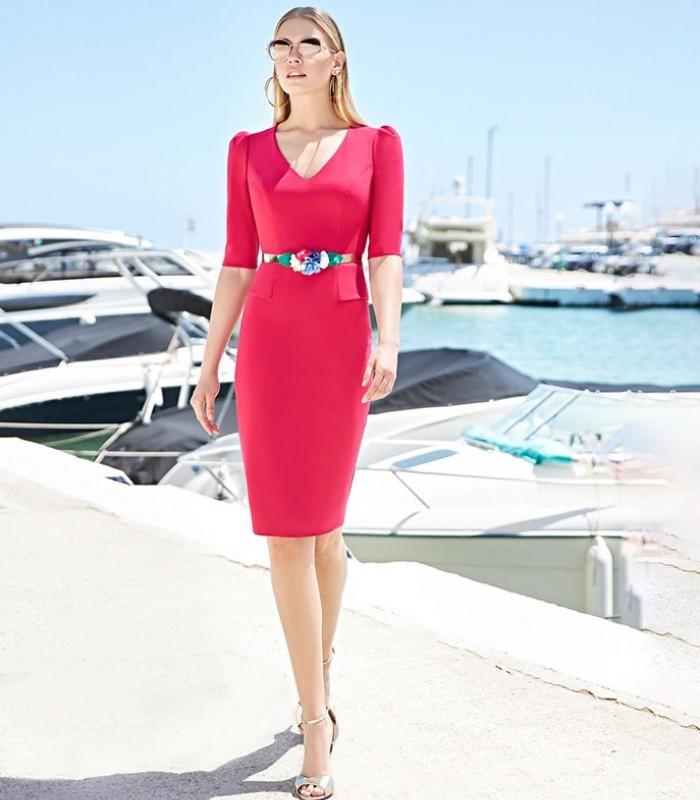 Vestido midi Marbella recto con escote en v y manga francesa