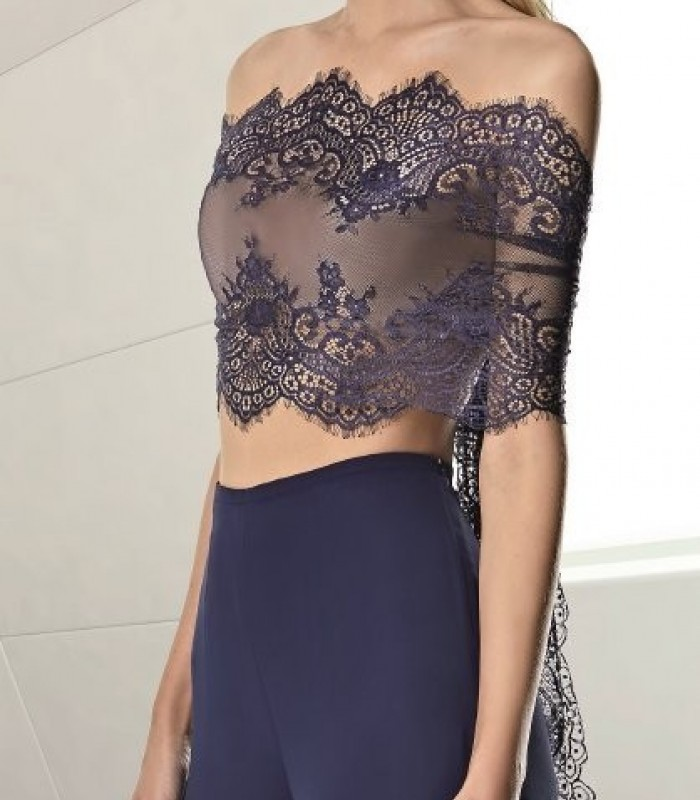 Lace stole with transparency