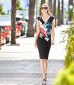 Vestido midi Marbella negro con estampado floral