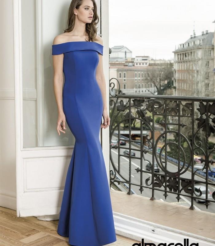 Almarella long dress with strapless neckline