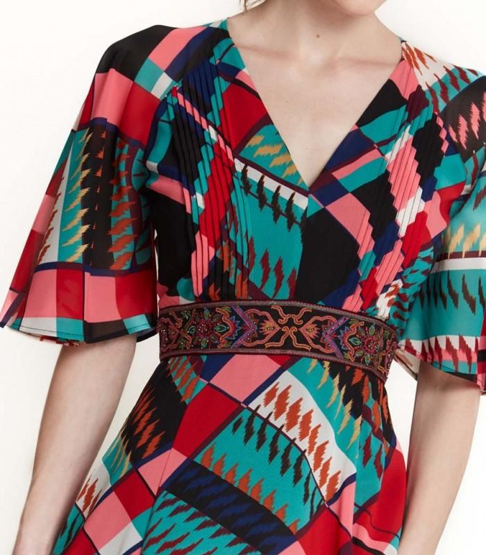 Vestido largo estampado de cuadros ajustado a la cintura