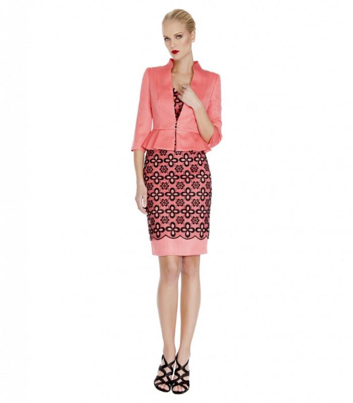 Vestido midi con encaje floral y chaqueta peplum