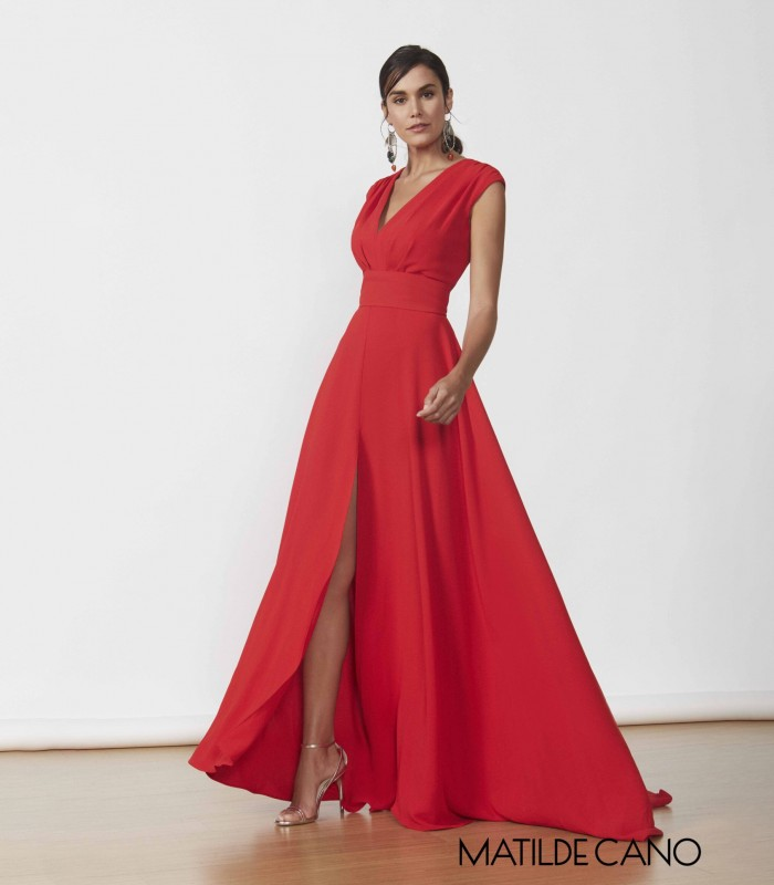 Long dress with short sleeves and side slit