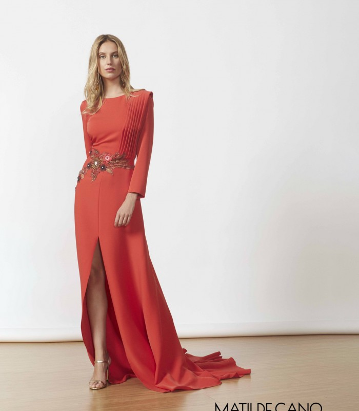 Boat neck dress with court train