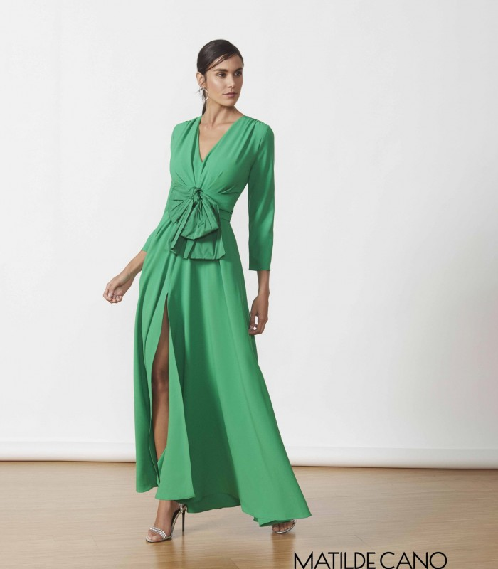 Long dress with bow and side slit