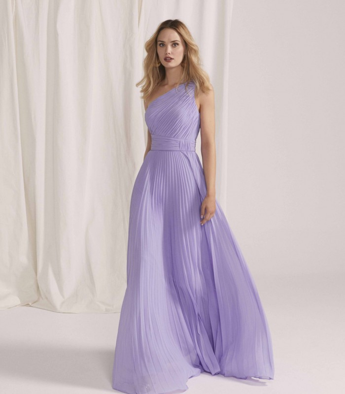 Long dress with asymmetric neckline with pleated fabric and A-line cut