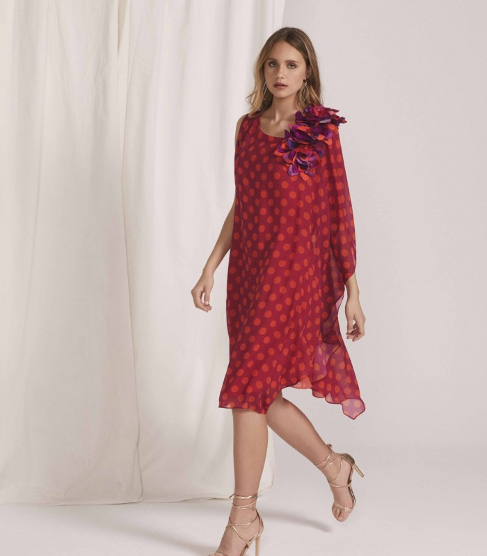 Polka dot midi dress with square neckline and floral appliqué on the shoulder