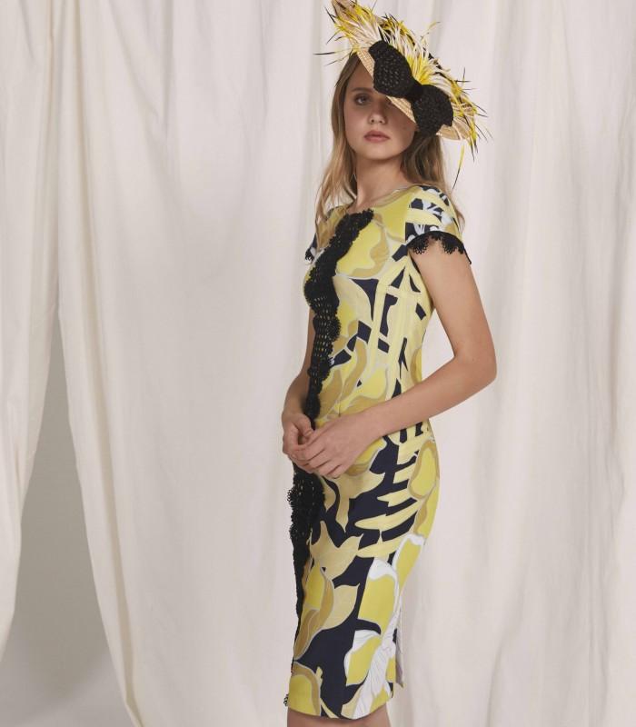 Vestido midi estampado con encaje floral y manga casquillo