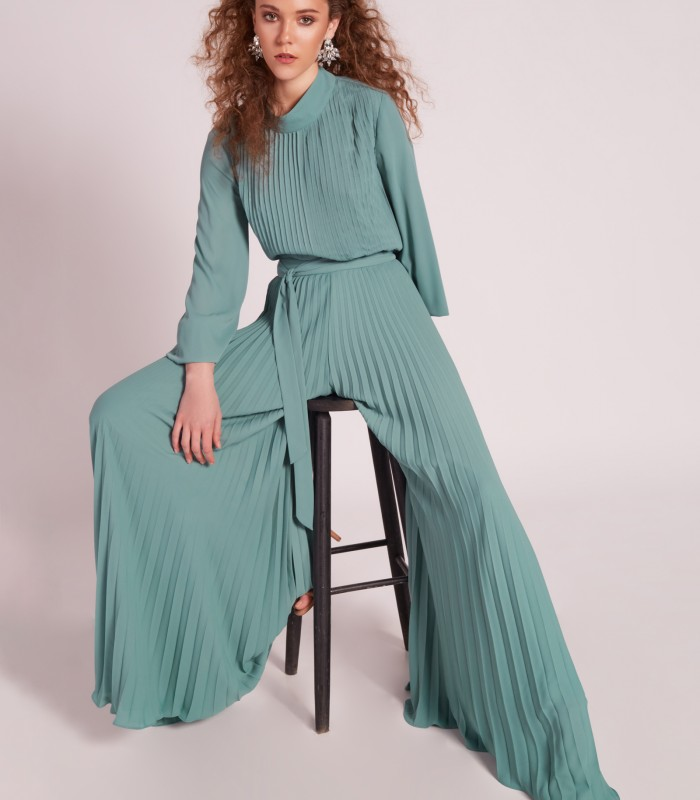 Pleated fabric with low sleeve and palazzo pants set