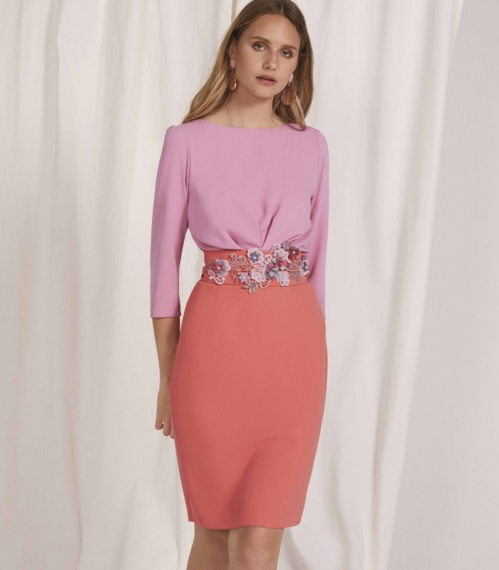 Double-tone midi dress with round neck and French sleeves
